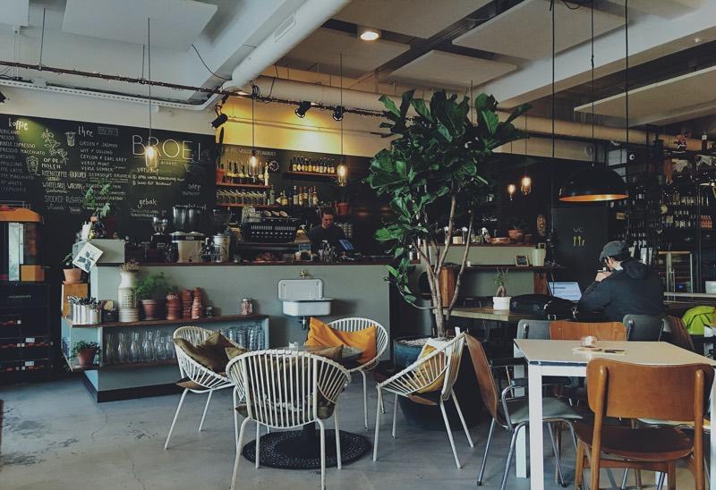 社会人におすすめな勉強場所を徹底検証(カフェ・喫茶店)